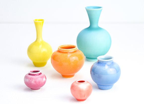 Miniature pot Bright colours