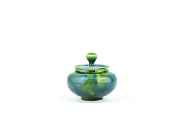 No. E100 Yuta Segawa Miniature Pot & Cover Large