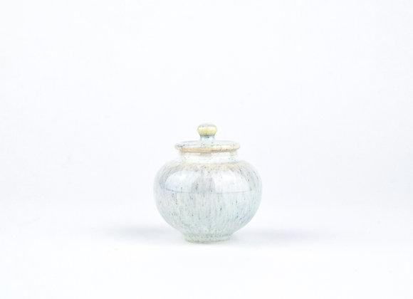 No. E28 Yuta Segawa Miniature Pot & Cover  Medium