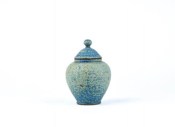No. E4 Yuta Segawa Miniature Pot & Cover  Large