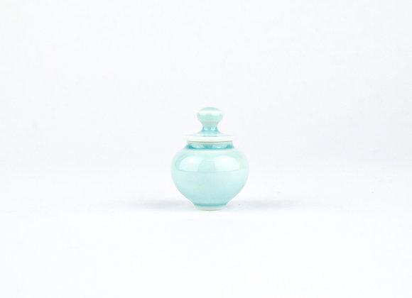 No. E77 Yuta Segawa Miniature Pot & Cover  Small