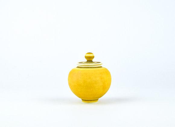 No. E16 Yuta Segawa Miniature Pot & Cover  Large