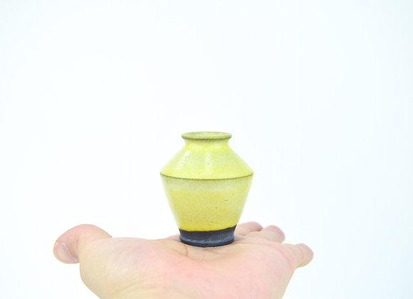 No. B77 Yuta Segawa Miniature Pot Large