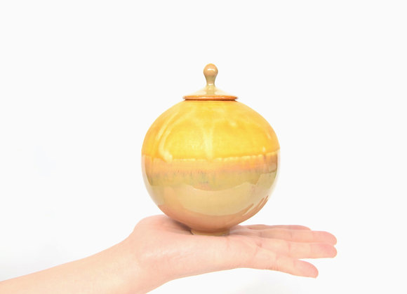 Miniature Pot&Cover Round Yellow Pot No.53