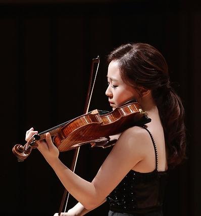 바이올린 이상유 선생님.jpg