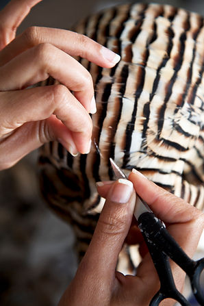 Laurence-Le-Constant's hands,Laurence-Le Constant's workins, artist at work