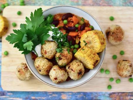 Reisbällchen mit Gemüse-Chili