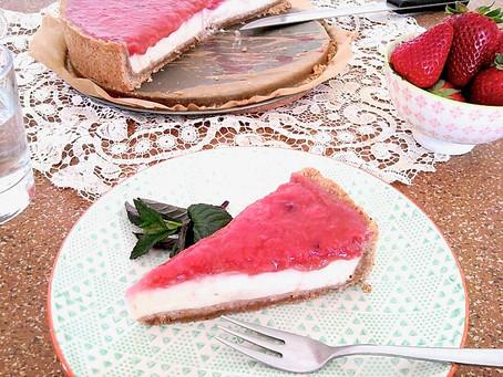 """Rhabarber-Erdbeer-""""Cheesecake"""""""