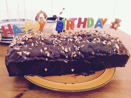 Schoko-Chai-Kuchen zum  Blog-Geburtstag