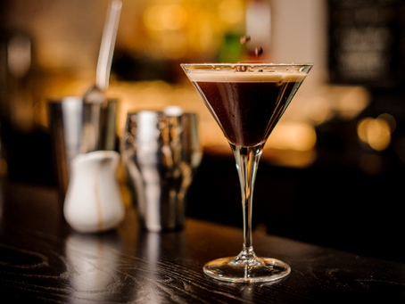 9 Classic Italian Cocktails to Drink This Season