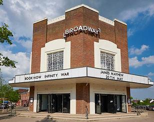 broadway-cinema-letchworth_02_edited.jpg