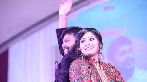 Deep & Riddhi Sangeet Candid-165.JPG