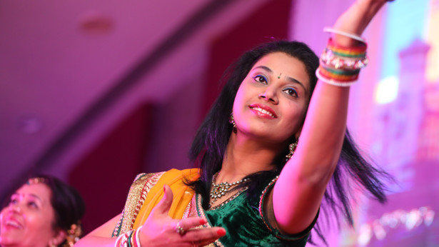 Deep & Riddhi Sangeet Candid-169.JPG