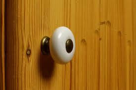 Tim Allen and the doorknob question