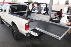 yakima overhaul hd truck bed rack (2)