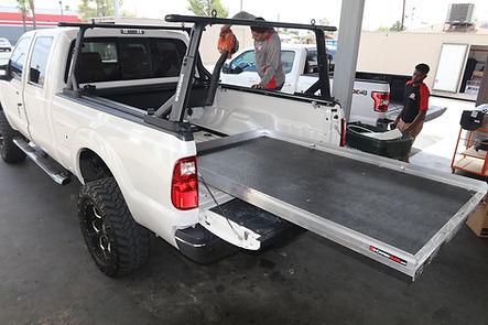 yakima overhaul hd truck bed rack (2).JP