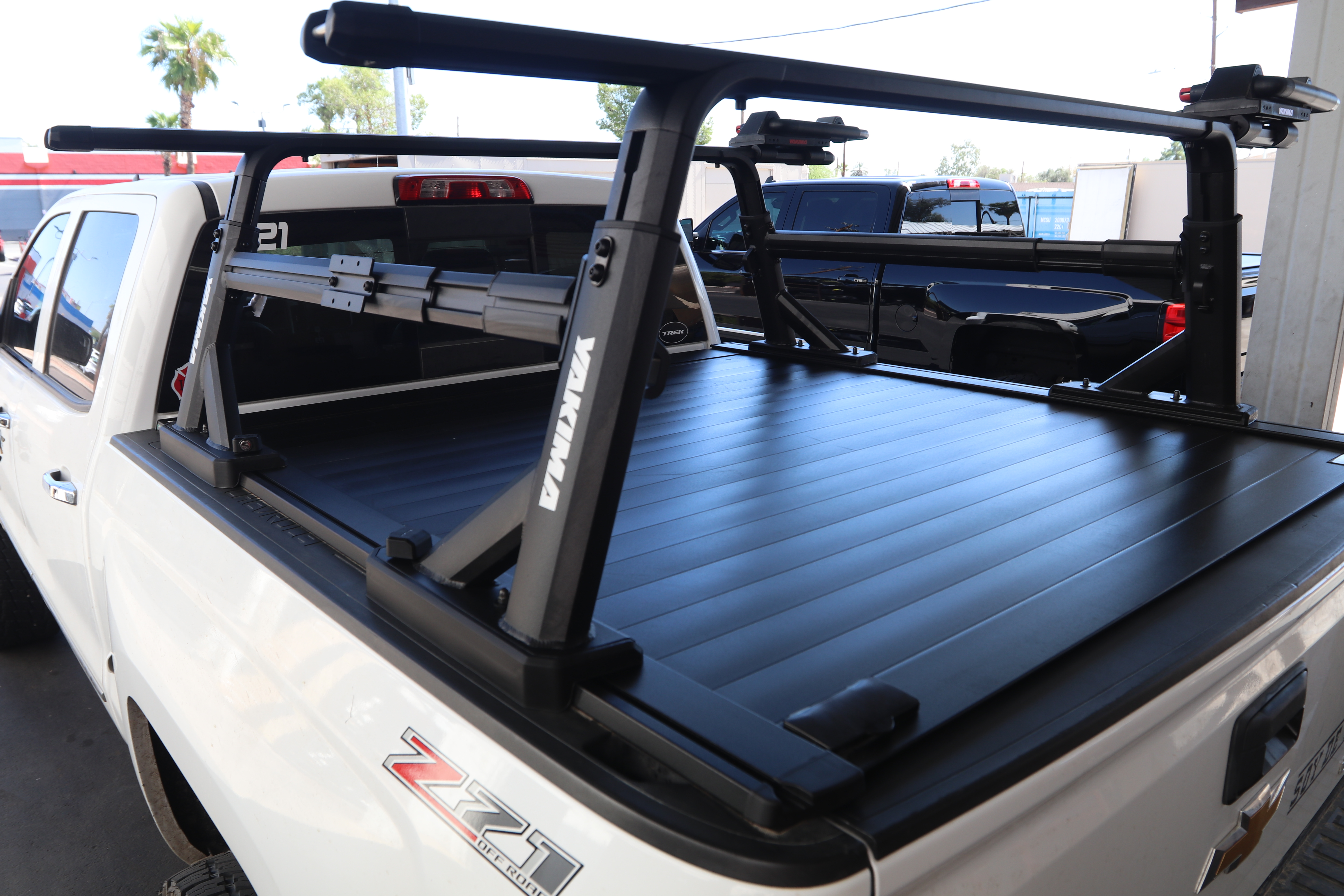 yakima truck bed rack retraxpro xr overh