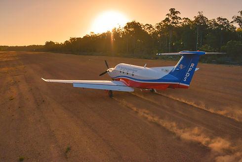 landing_h.jpg