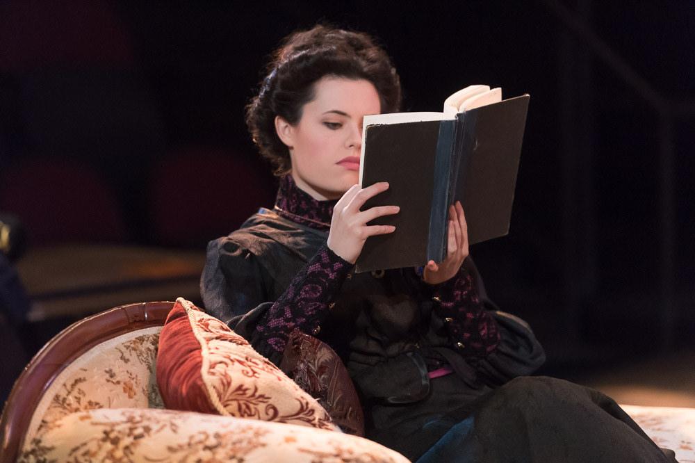ShowPic Masha is pissed and reading
