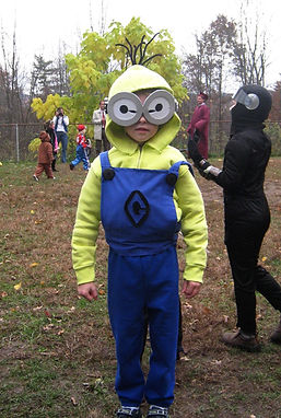 handmade halloween costume minion