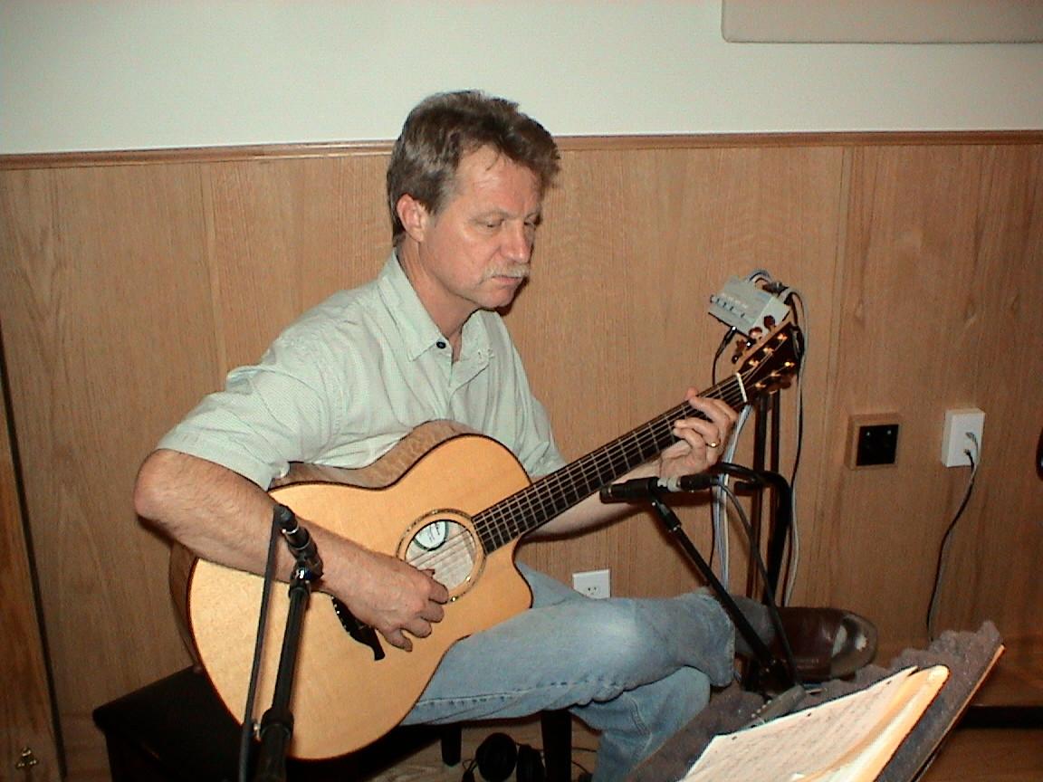 Alex Degrassi in Studio