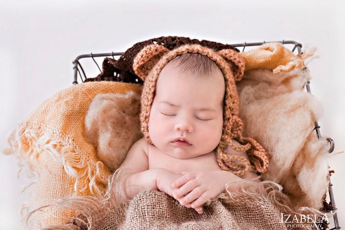 Beautiful Newborn photoshoot