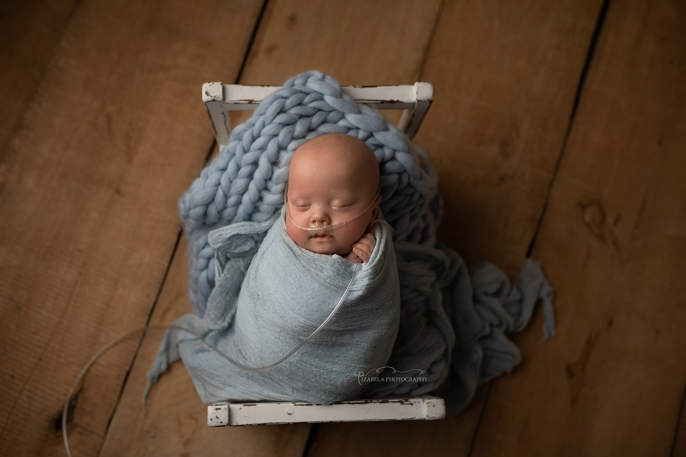 newborn baby photos with oxygen