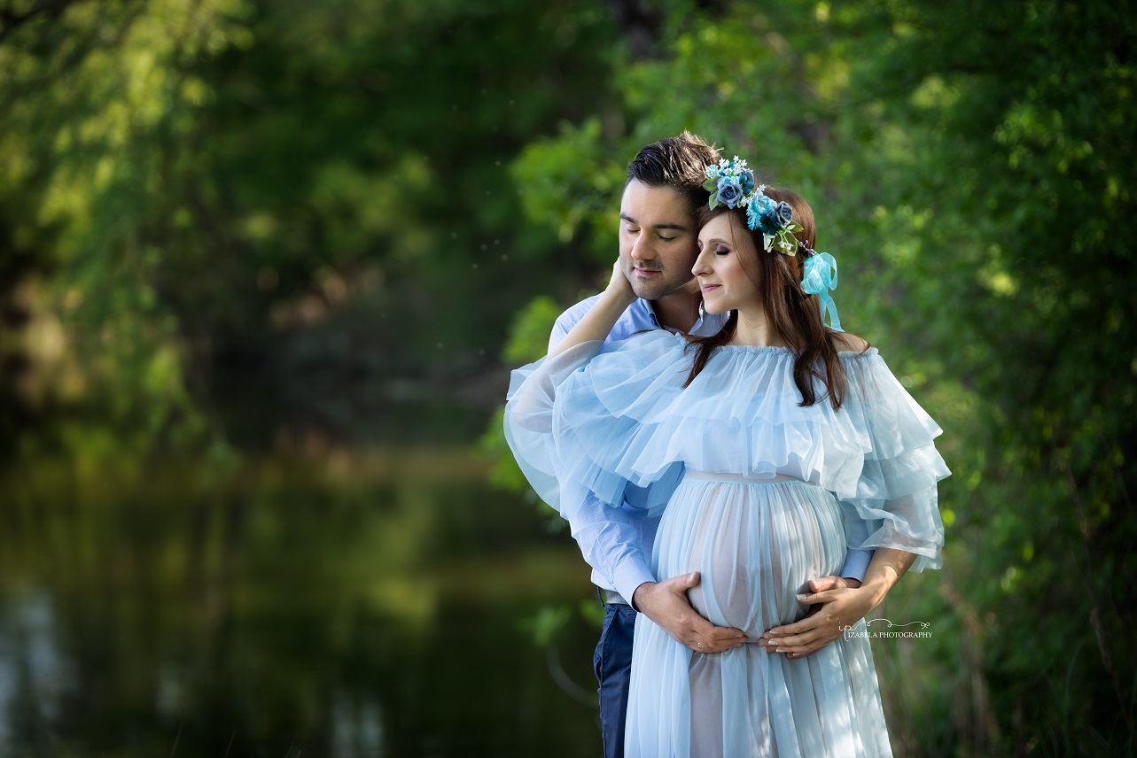 pregnancy photos in Milton Keynes