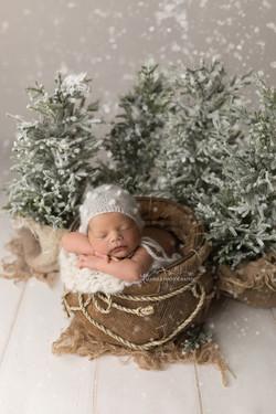 newborn winter photos in bedford