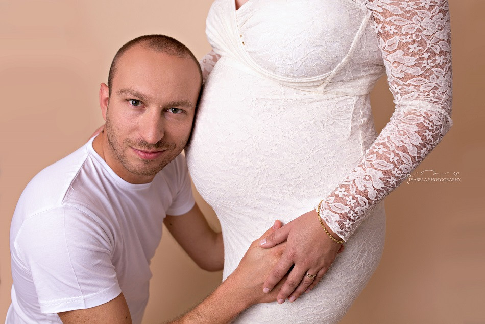 Pregnancy photographer Bedford