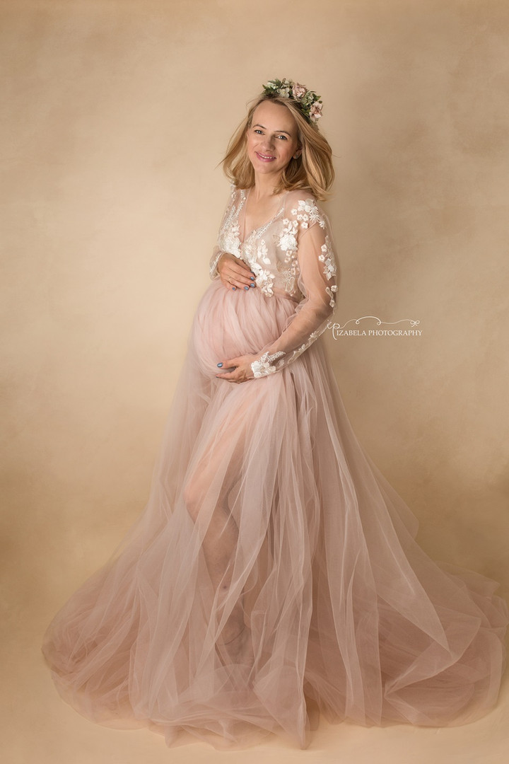 maternity photos in Bedford