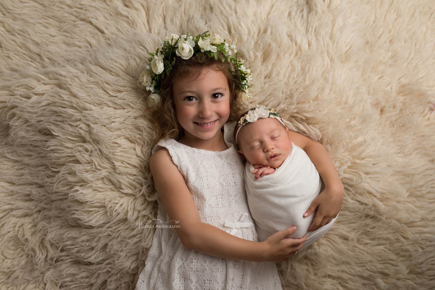 newborn siblings photos in bedford