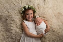 newborn siblings photos in bedford