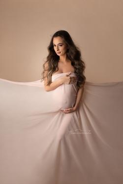 maternity photoshoot bedford