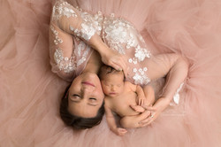 mummy and baby photos in bedford