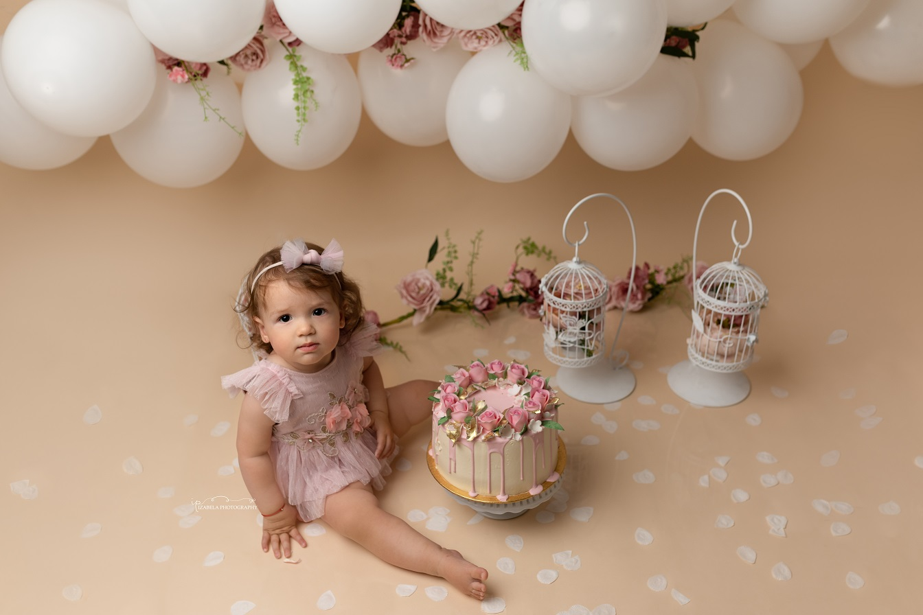 First Birthday photos in Bedford
