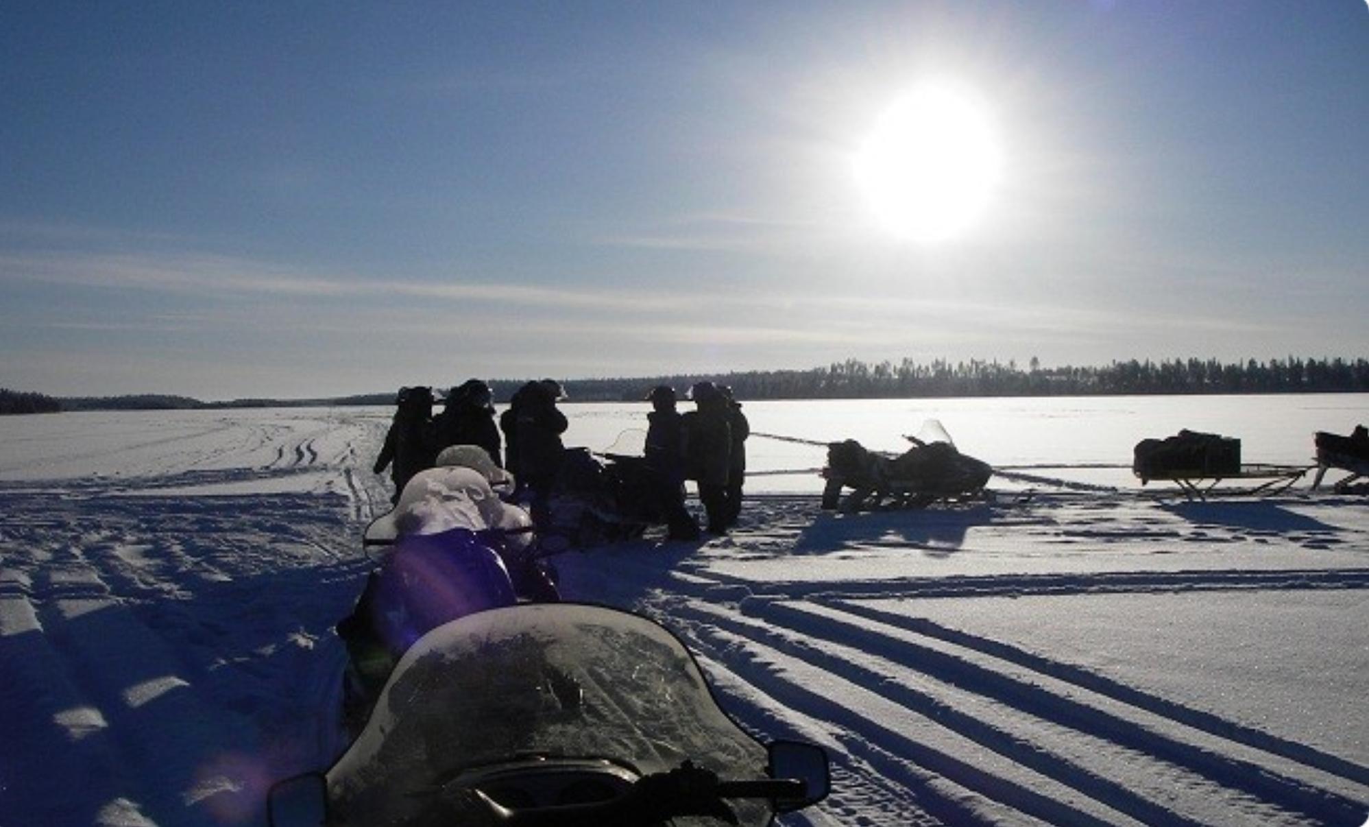randonnée motoneige Laponie