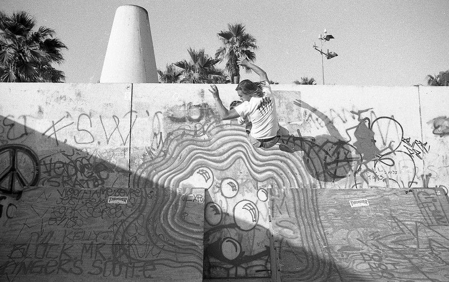 Bela Horvath, as surf style as it gets. Bela rode for Team Alva. Venice Pavilion. Venice, CA. 1980'z