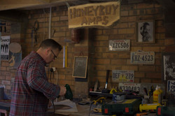 HoneyBoy Amps workshop in a West-Dumbartonshire home garage