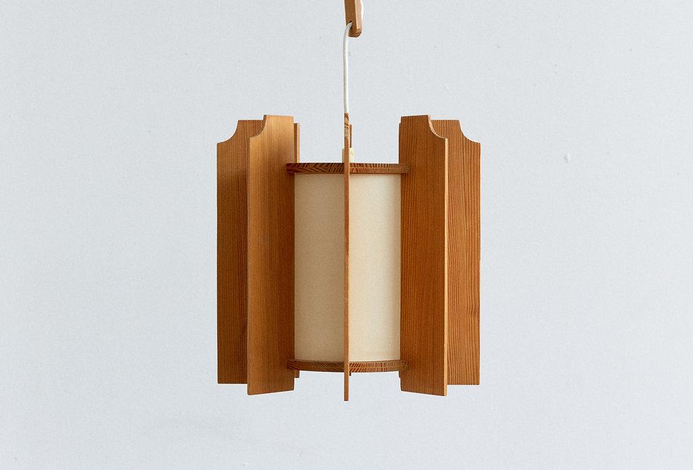 Pinewood ceiling lamp