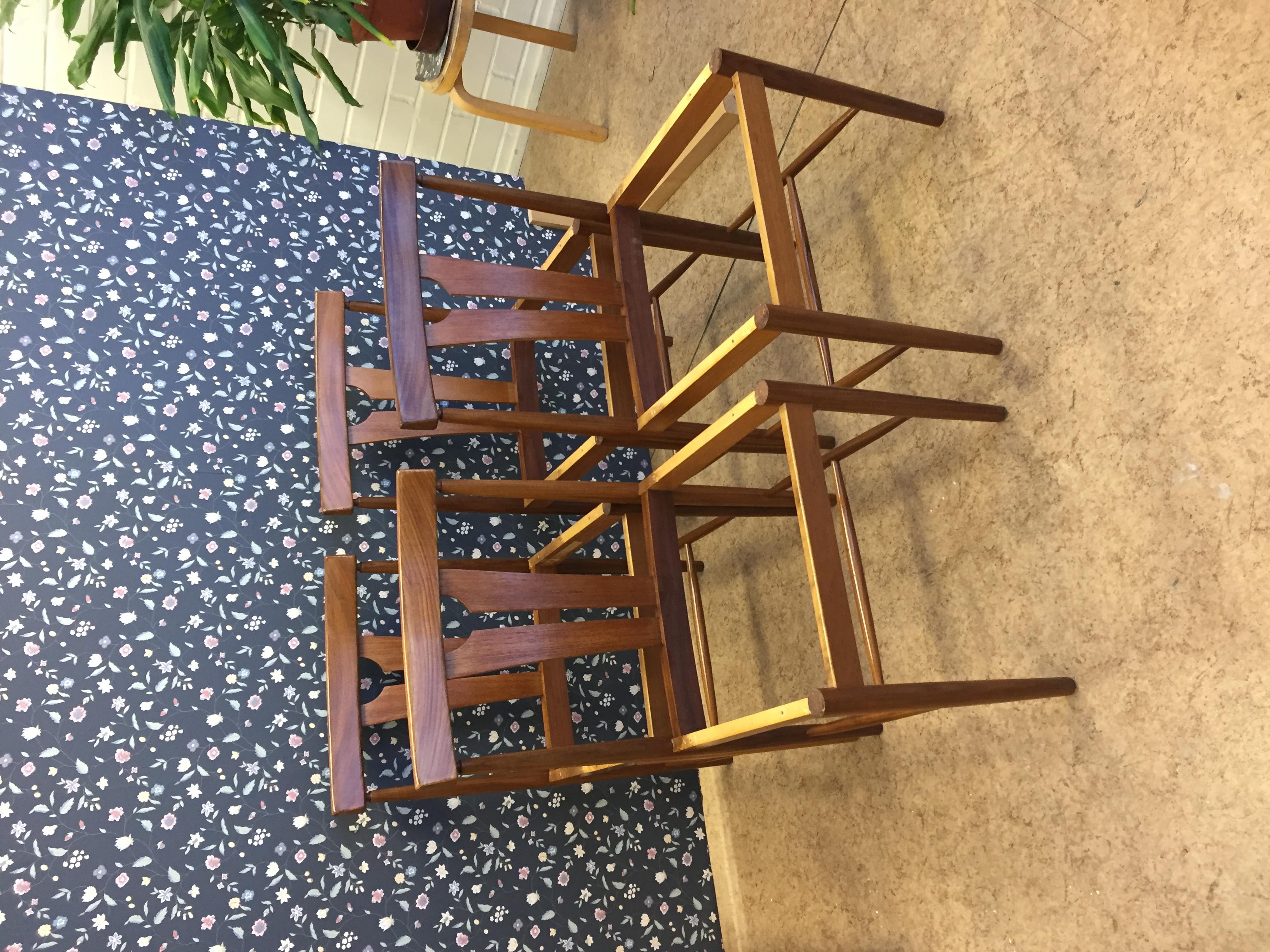 Tuolien pintakäsittelyä elvytettiin.