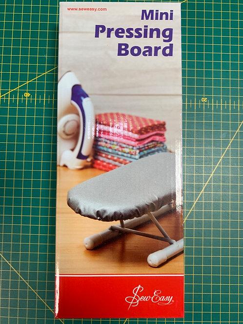 1515 Mini Ironing Board
