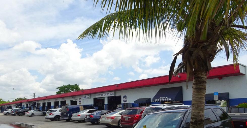 214 Margate Ct - Automotve Real Estate For Sale.PNG