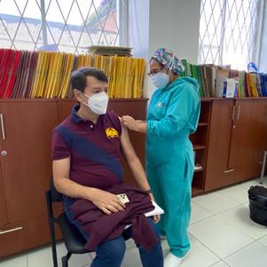 Servidores judiciales de Imbabura recibieron primera dosis de la vacuna contra el COVID-19