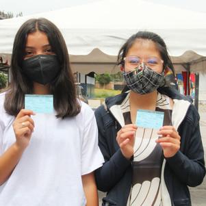 Estudiantes de 12 a 15 años se vacunan contra el COVID 19