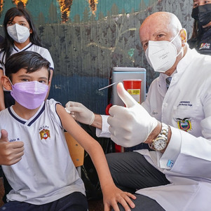Inicia proceso de vacunación a menores de 11 años