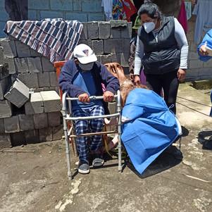 Donación de sillas de ruedas ayudarán a mejorar la calidad de vida