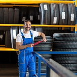 Nos fournisseurs disposent de plus d'un millions de pneus en stock, nous pouvons profiter d'une livraison express en 24-48 heures.