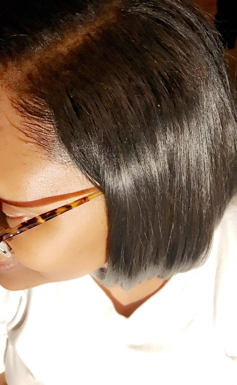 Brazilian straight with leave out