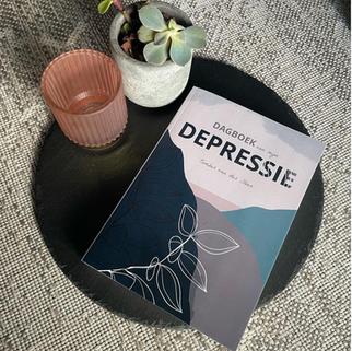 Tember (32) schreef een boek over haar depressie